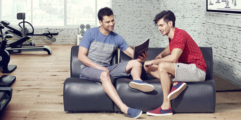 How to look stylish and yet comfortable in shorts?