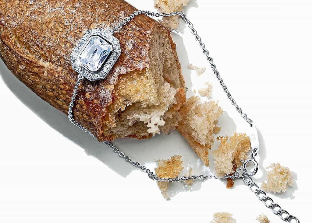 Oxford jewelry with bread