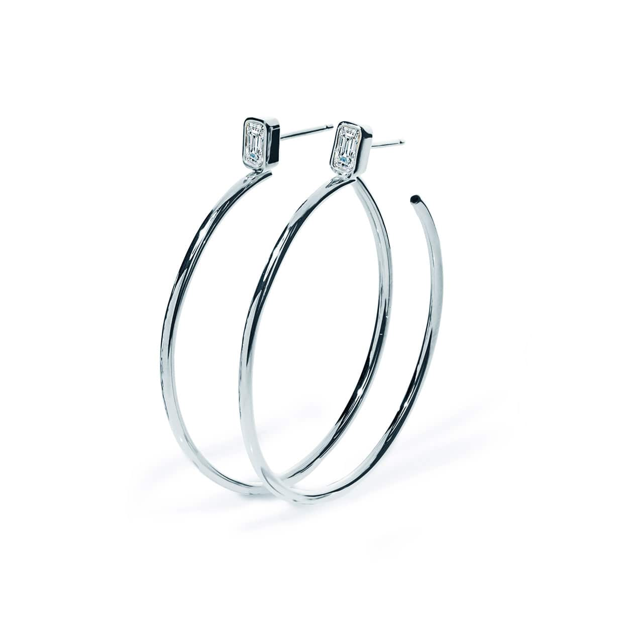 Oxford Silver Emerald Classic Hoop Earrings - Abelstedt