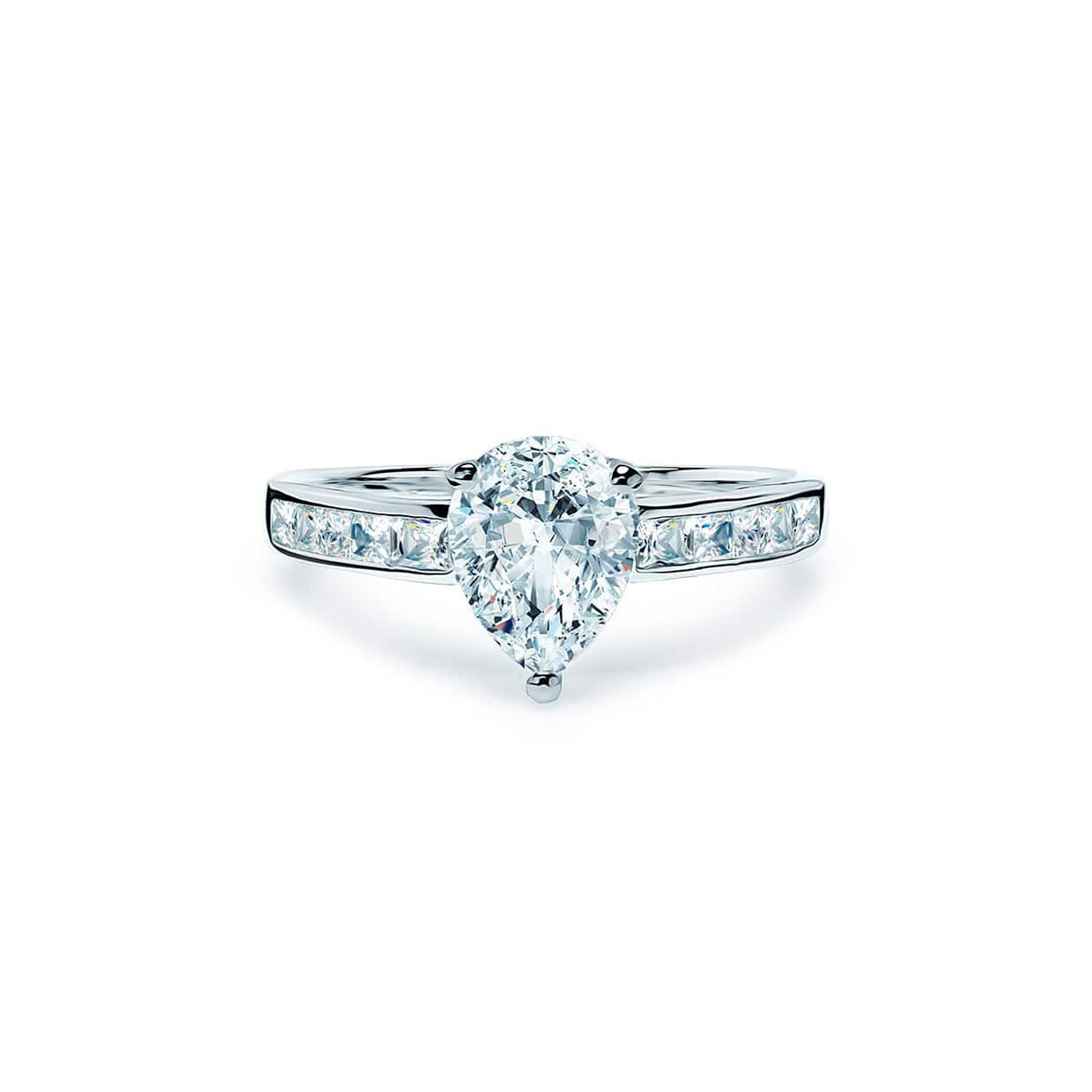 Oxford Silver Pear Ring