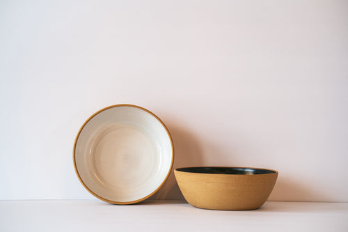 White shallow bowl for pasta