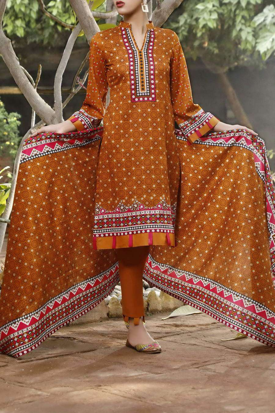 Ladies Un-Stitch Daman Printed Lawn Collection 1311A