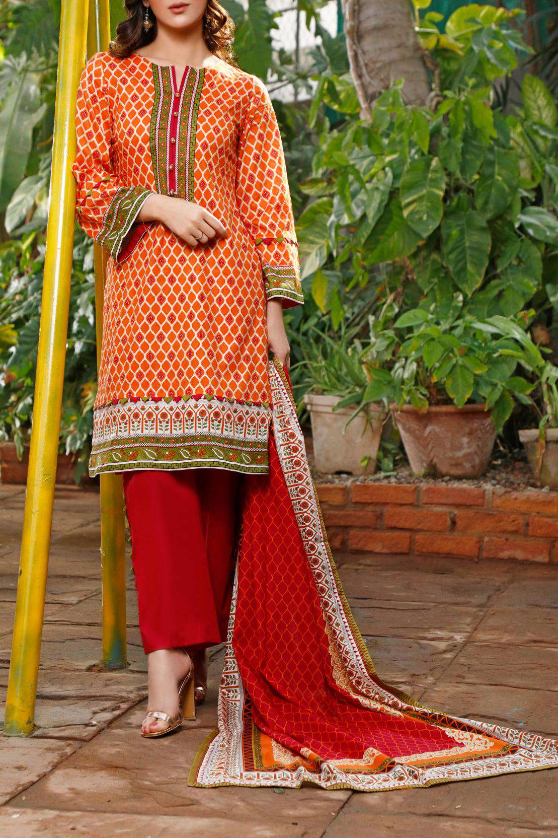 Ladies Un-Stitch Daman Printed Lawn Collection 1318B