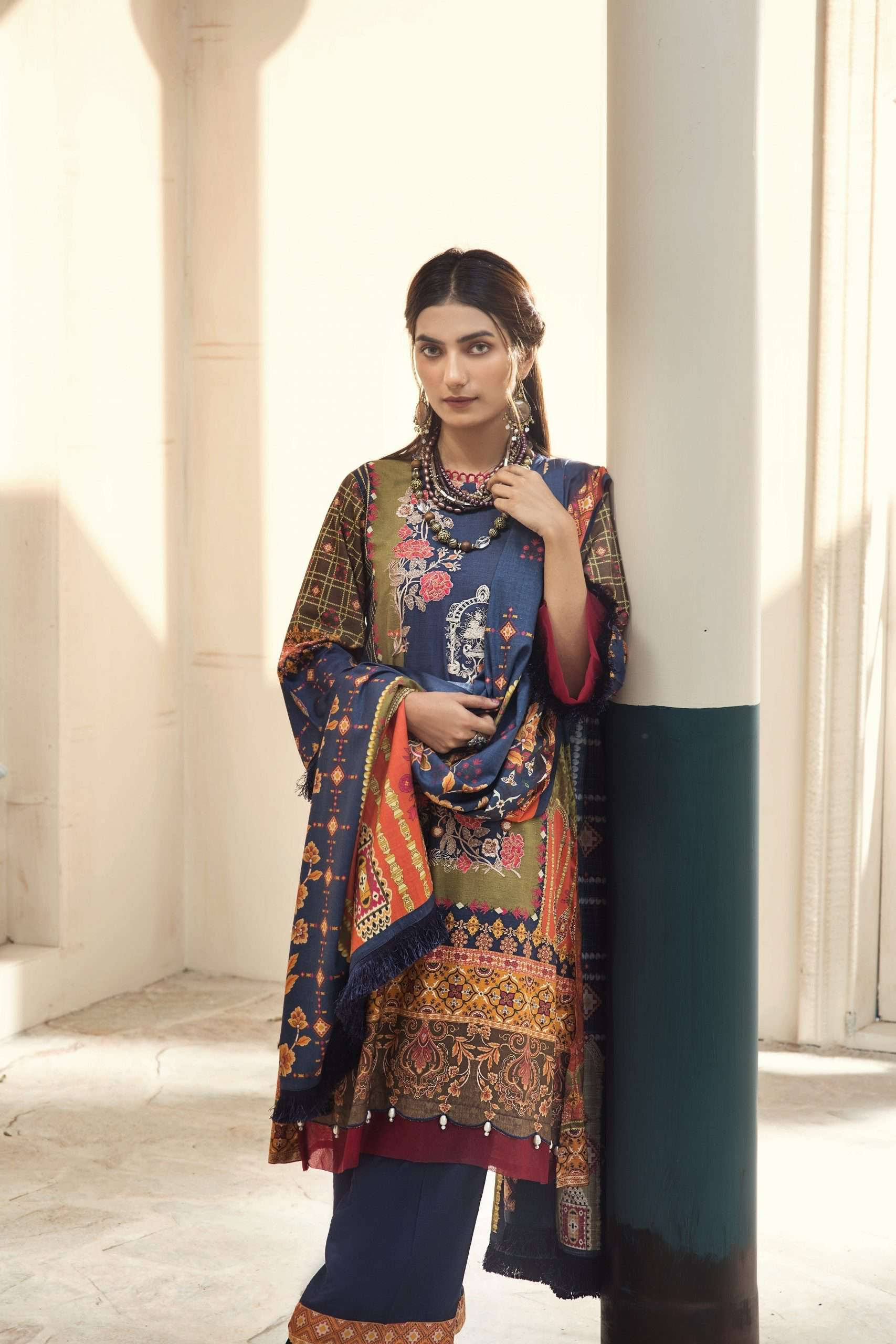 Ladies Un-Stitch Embroidered Linen Deliciously Decadent 2555