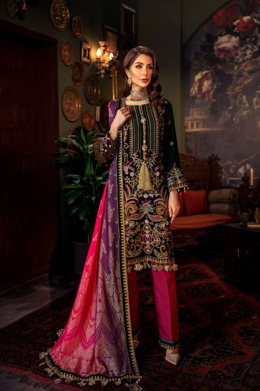 Ladies Un-Stitch Mohagni Tehzeeb Velvet Collection MV-20-03 GREEN
