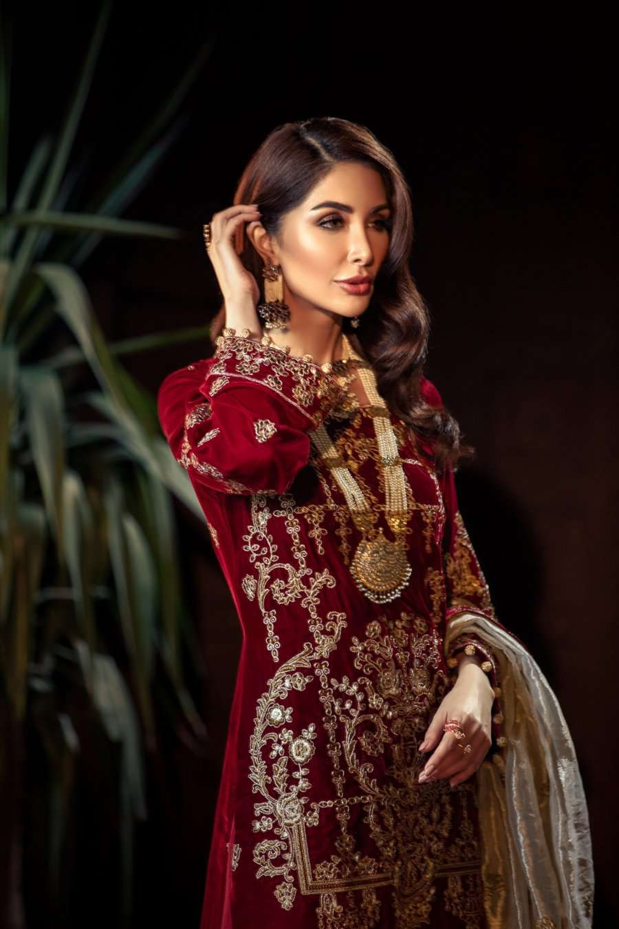 Ladies Un-Stitch Mohagni Tehzeeb Velvet Collection MV-20-05 MAROON