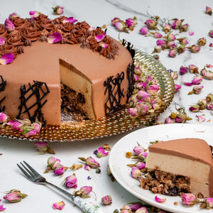 Load image into Gallery viewer, Peanut Butter Mousse Cake