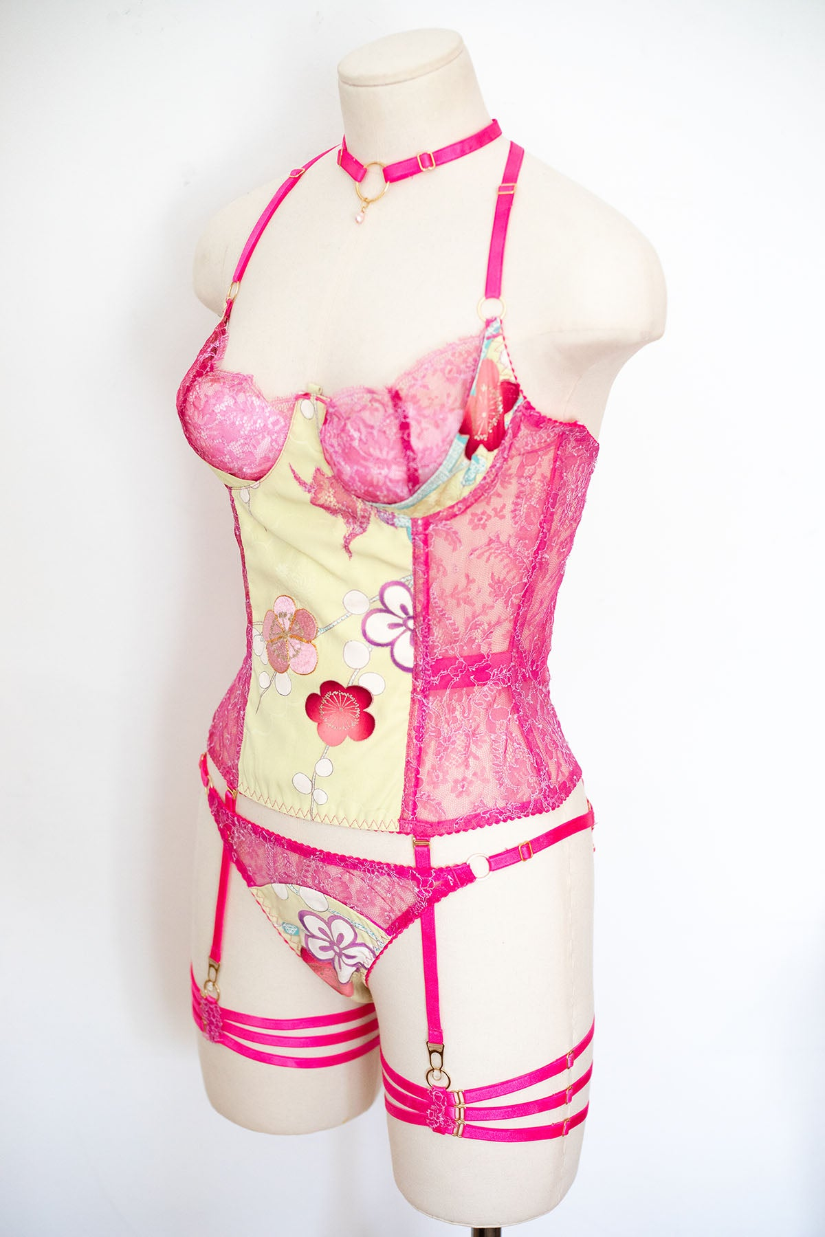 'Sakura' Vintage Kimono Silk & French Chantilly Lace Basque & Knicker Set