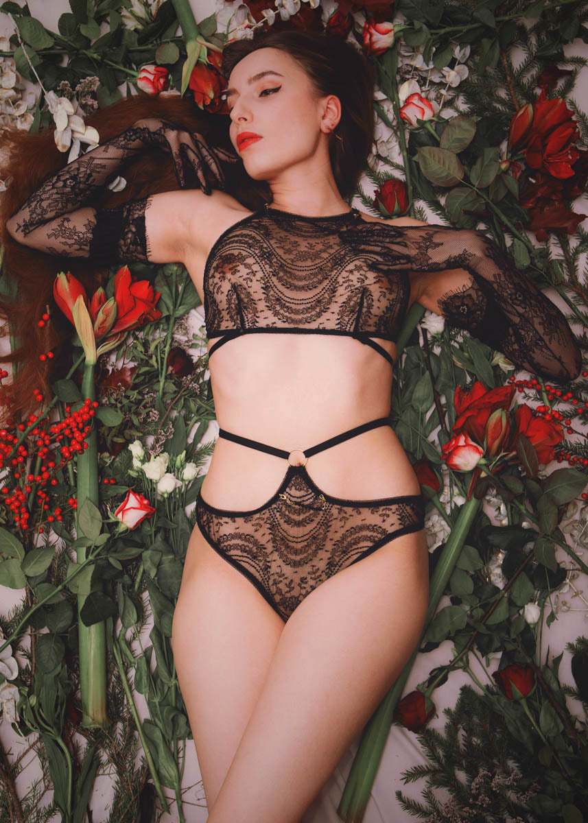 Selje French Chantilly Lace Harness Knickers