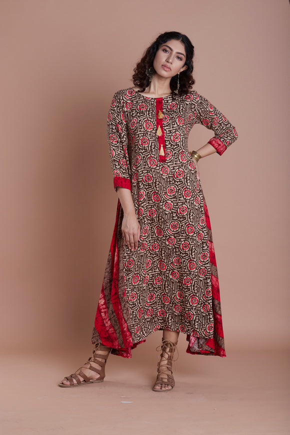 Women Rayon Printed Assymetrical Hem Kurti (Red)