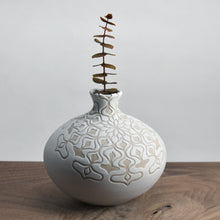 Load image into Gallery viewer, Vase #82
