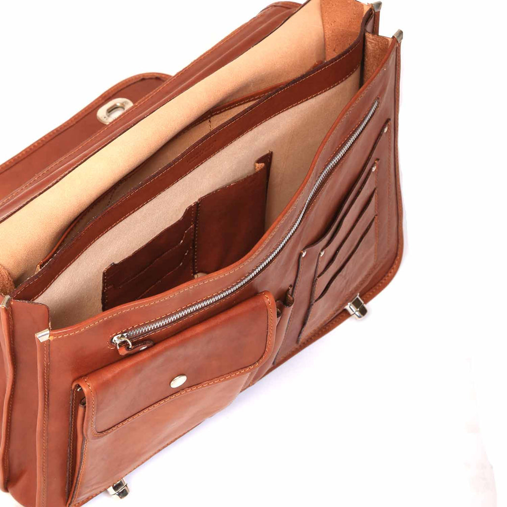 Inside of I Medici Cartella Nottolini Italian Leather Large Briefcase