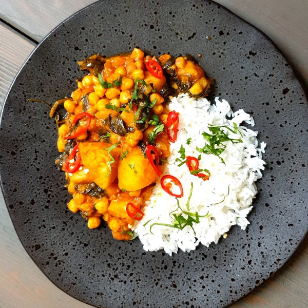 Chickpea, Potato & Spinach Curry (vegan)