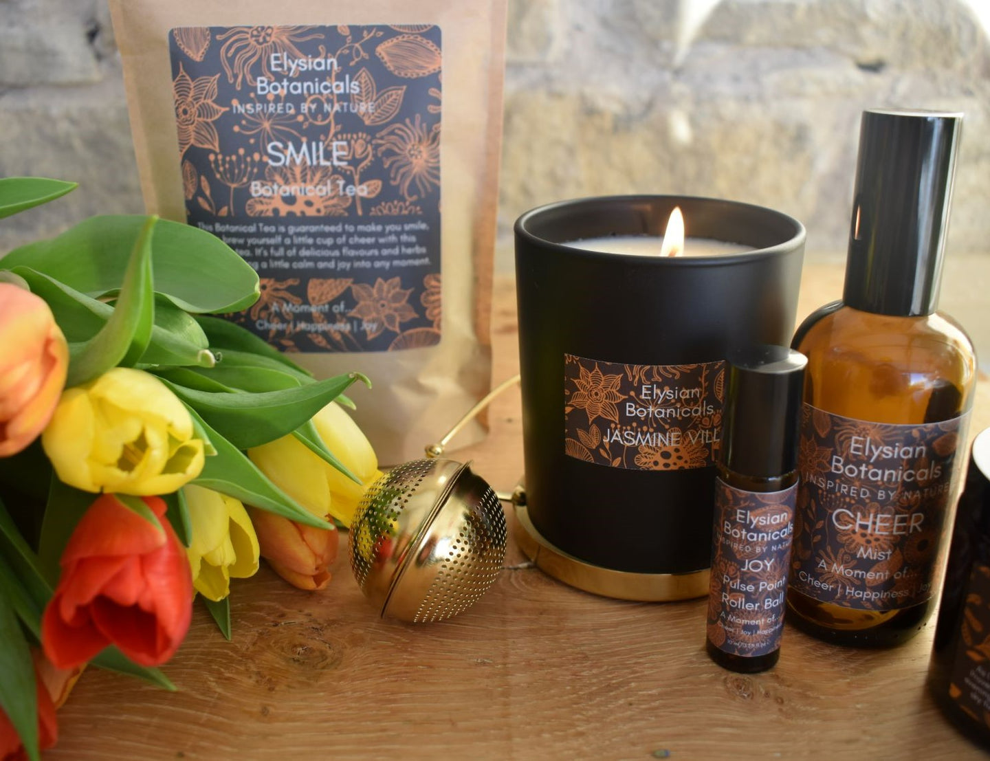 Create a happy moment with a cheery spritz of our atmosphere mist, a dash of our aromatherapy roll on, a sip of our herbal tea, a relax in our bath soak and the scent of a hand poured soy wax candle. All created to uplift and energise.