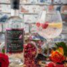 Load image into Gallery viewer, 25% Off - Waterton's Reserve, Rose & Raspberry Old Tom Gin 70cl