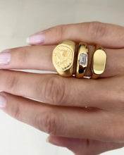 Load image into Gallery viewer, Classic Gold Signet Ring by Fairley