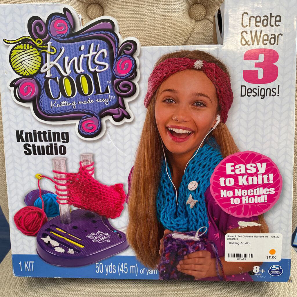 Knitting Studio