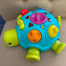 Load image into Gallery viewer, Infantino Tinkerback Turtle
