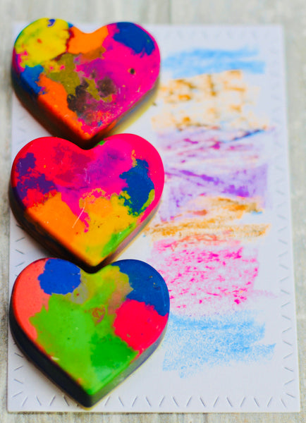 Valentine Rainbow Heart Crayon Favors / Rainbow Heart Crayon Bulk Set / Kids Class Crayon Gift