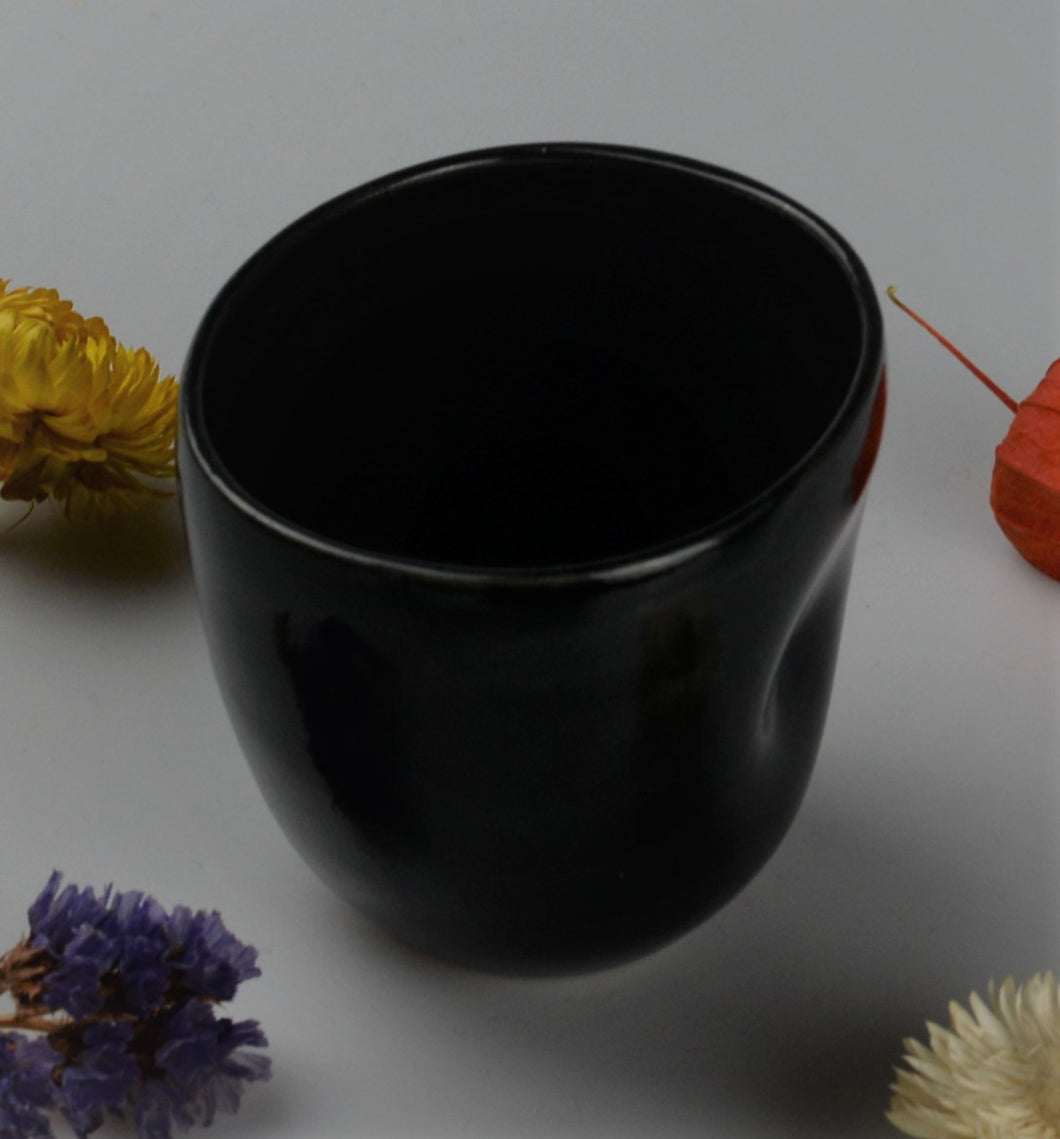 Espresso cup with original design - black