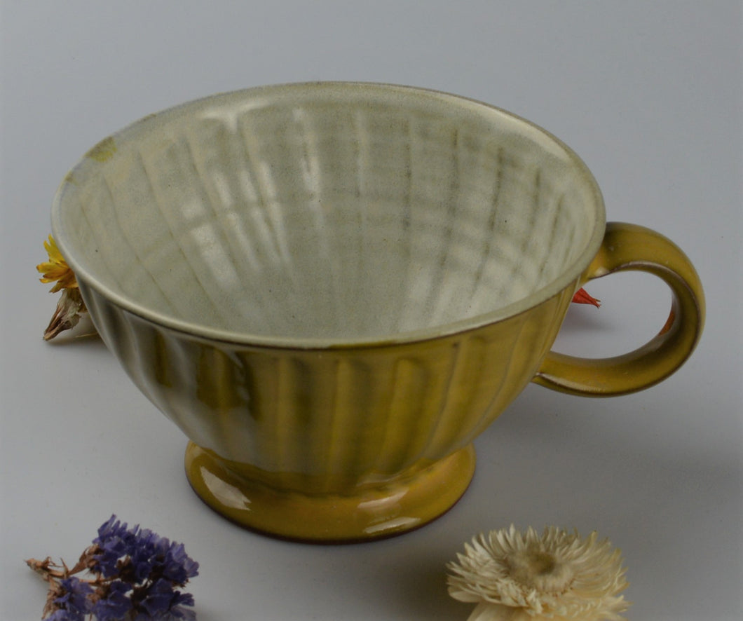 Special ceramic cup - yellow