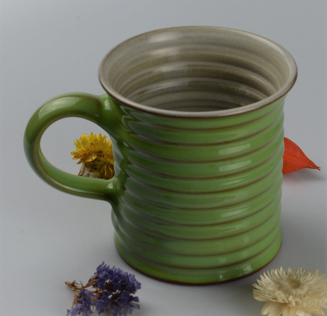 Extra large ceramic cup - green