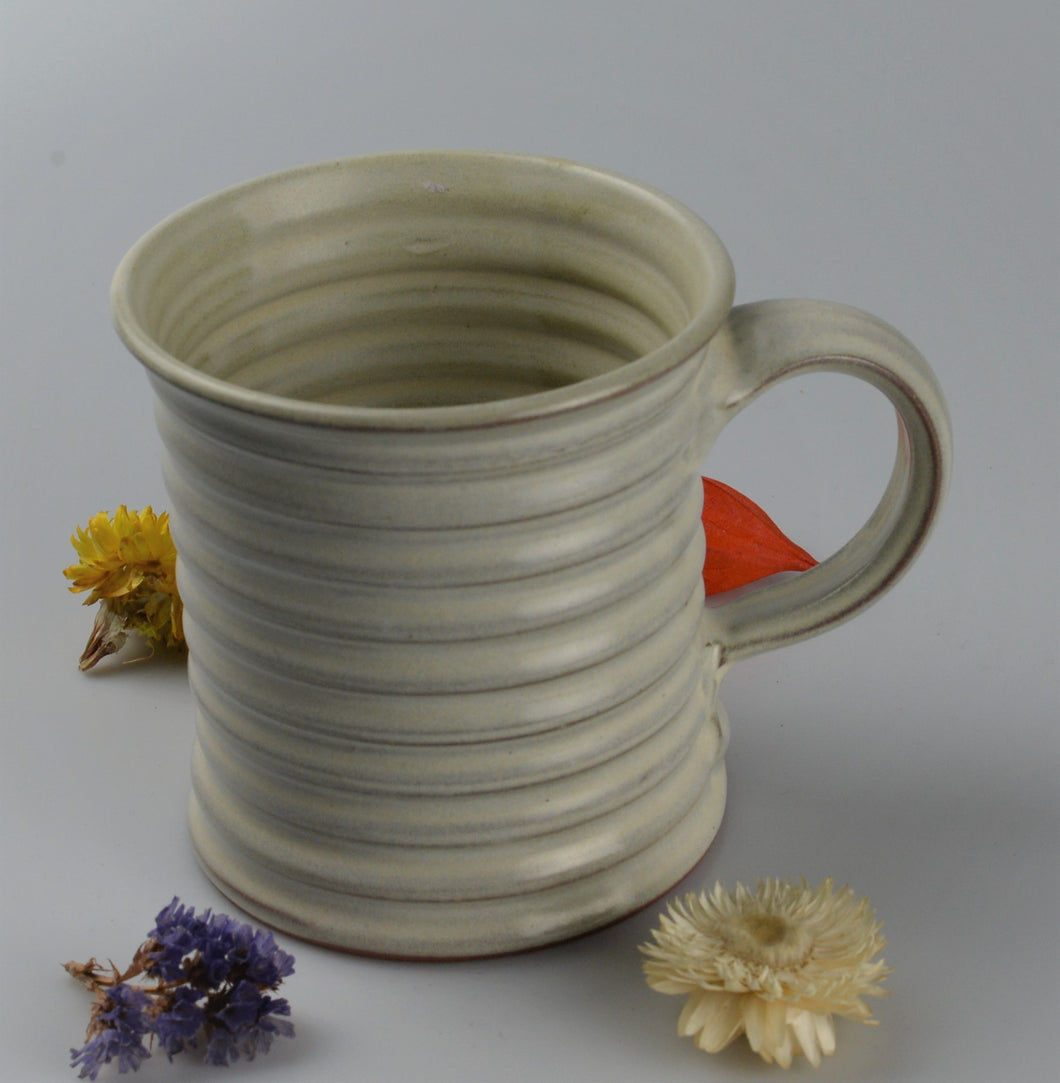 Extra large ceramic cup - white