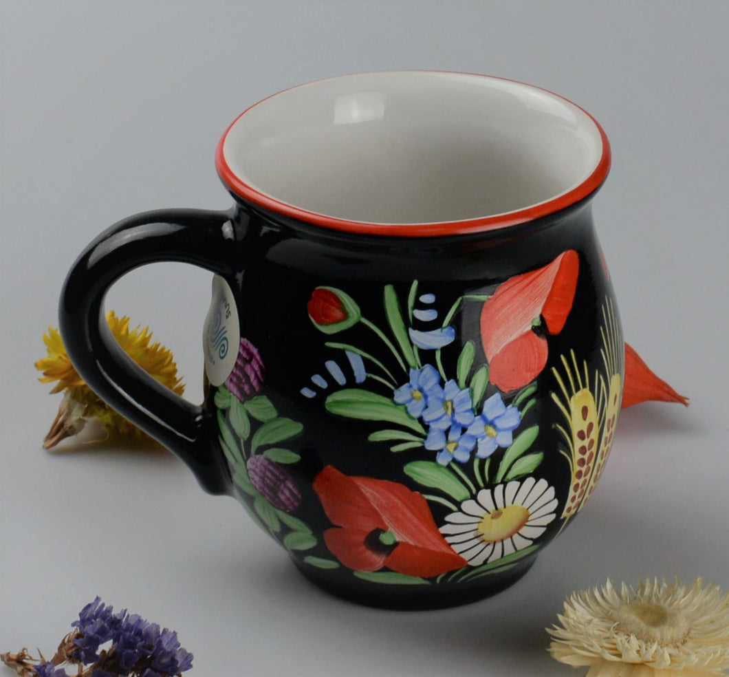Cup from traditionnal czech ceramic - black