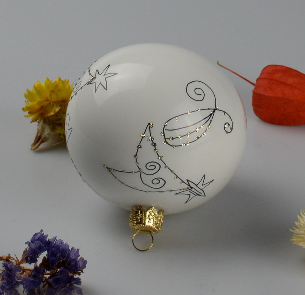 Handmade Christmas ball - white with drawing