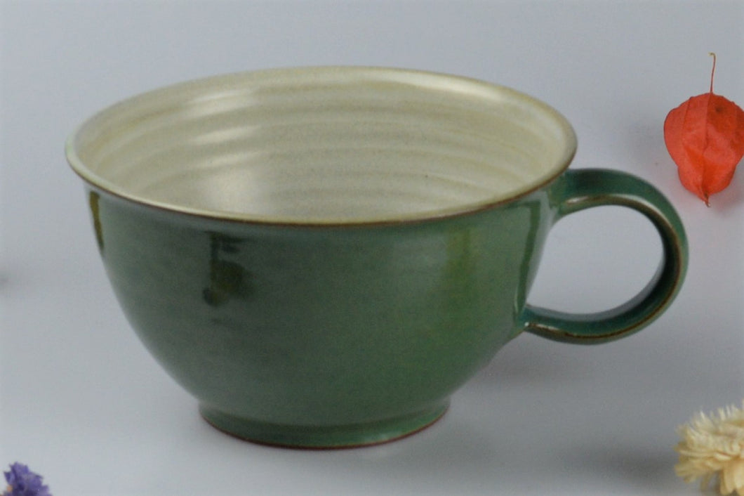 Large ceramic cup - green