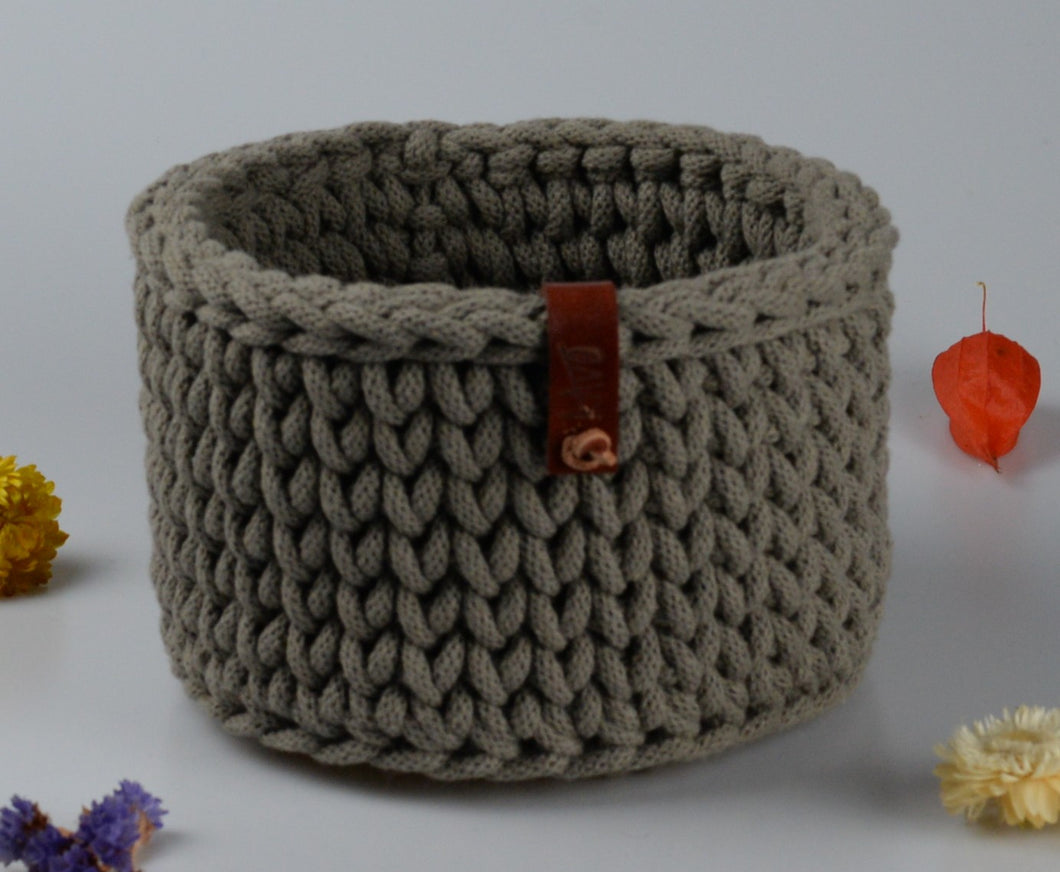 Cotton basket - medium small - light brown