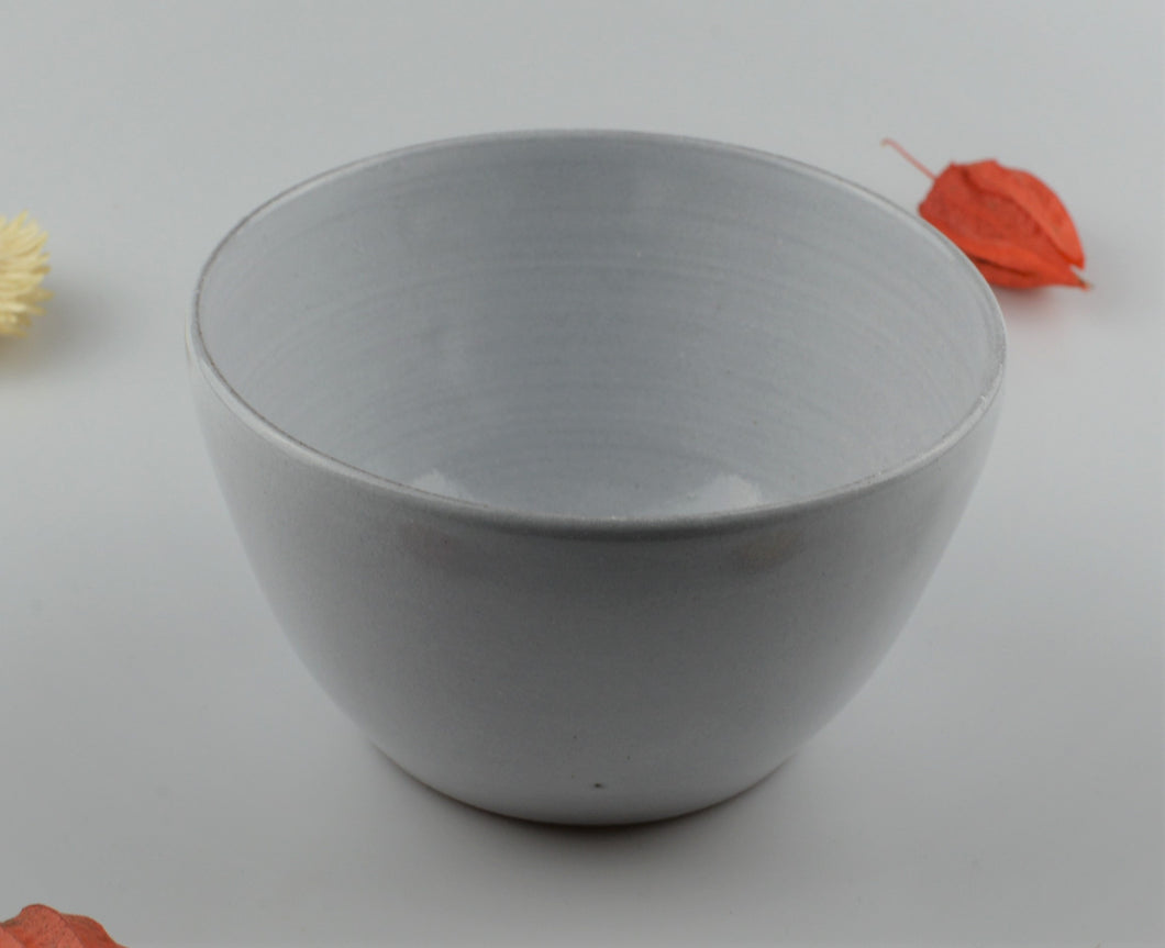 White minimalist ceramic bowl