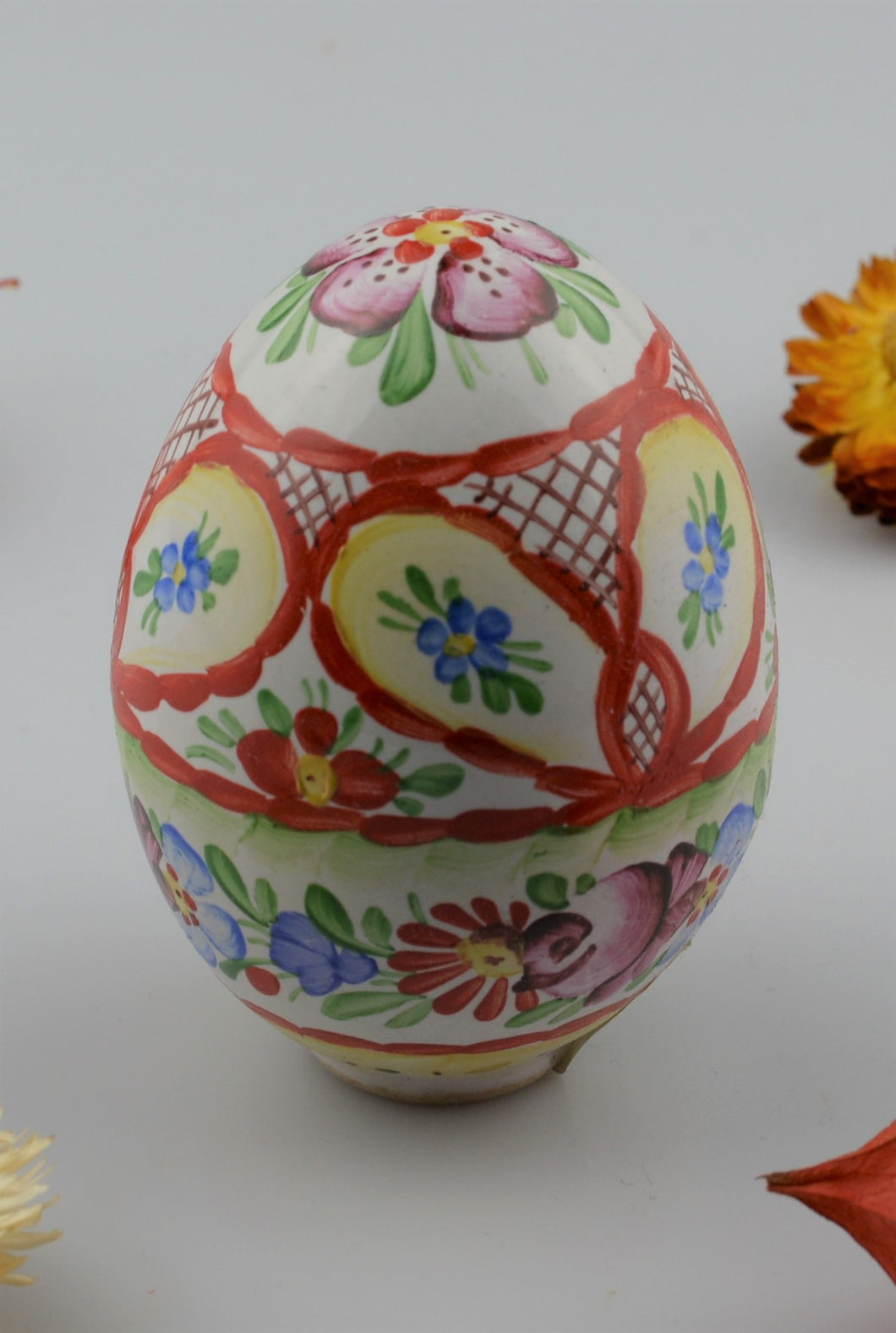 Ceramic egg - hand painted