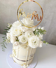 Load image into Gallery viewer, Mr & Mrs Mrs & Mr Mrs & Mrs Circle Wedding Cake Topper