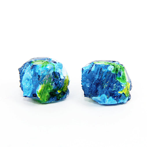 Rocky treasure stud earrings (dark blue with white, green and yellow details)
