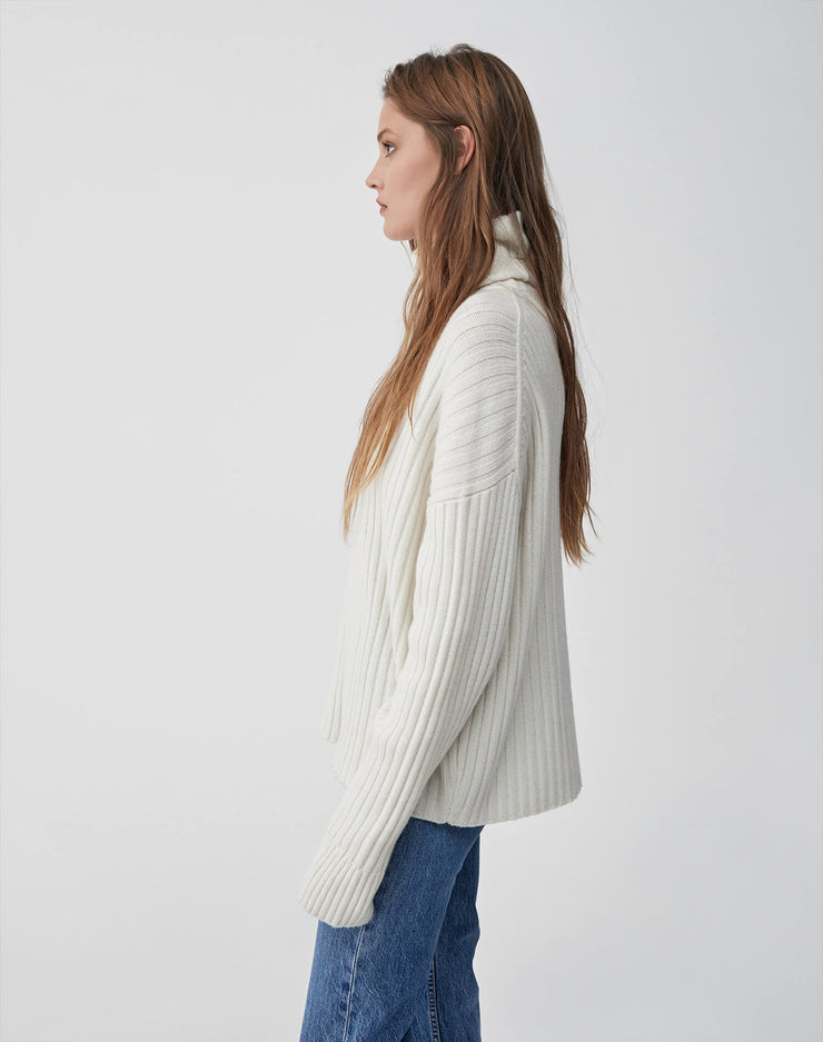 Chunky Rib Turtleneck Sweater | Ivory | 508-7WRTS | 3