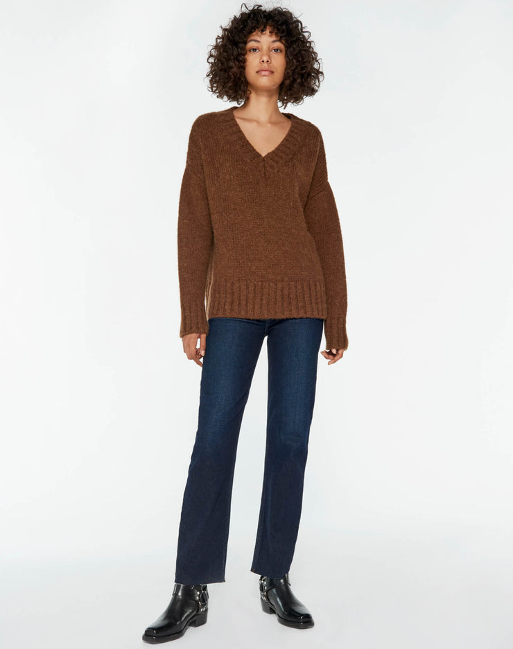 90s Oversized V Neck - Chocolate