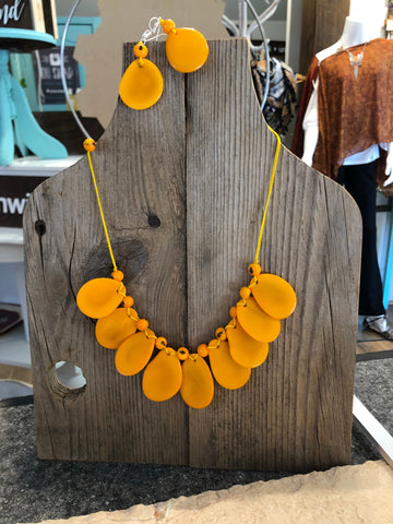Mustard Tagua Necklace & Earring Set