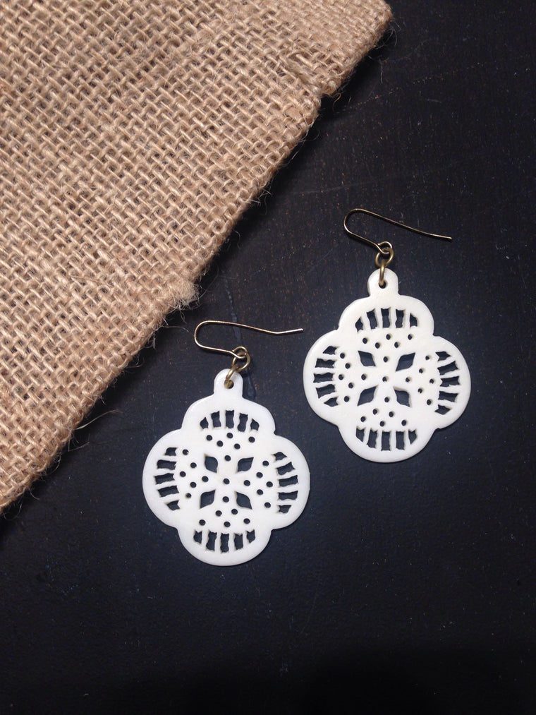 Cream Lace Earrings