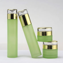 Load image into Gallery viewer, 60ml Luxury Green Cosmetic  Glass Bottles