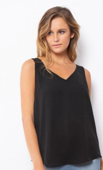 Leoni Plain Cami Black