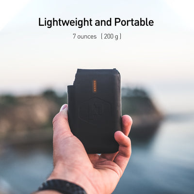 Pronto Battery pack is lightweight and portable weighing only 7 ounces (200g)