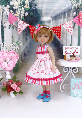All Atwitter - dress with shoes for Ruby Red Fashion Friends doll