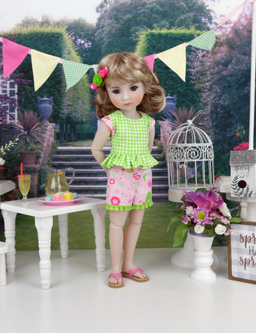 Bubblegum Forest - top & shorts with shoes for Ruby Red Fashion Friends doll