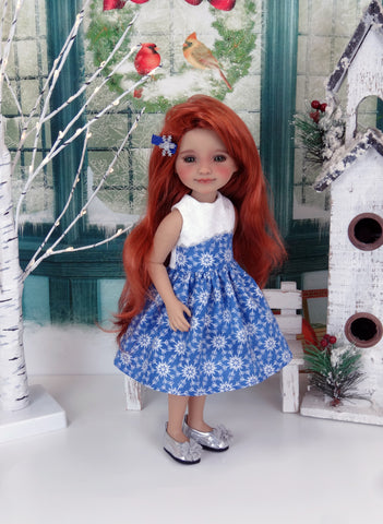 Chill Out - dress with shoes for Ruby Red Fashion Friends doll