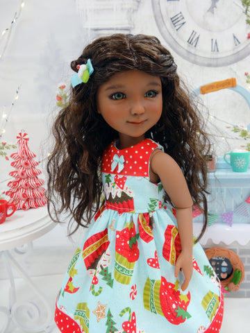 Christmas Cupcakes - dress for Ruby Red Fashion Friends doll
