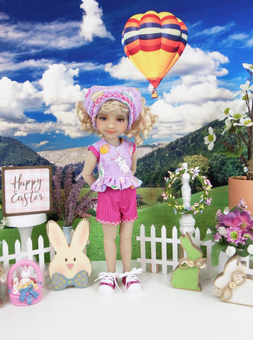 Hiding Easter Eggs - top & shorts with shoes for Ruby Red Fashion Friends doll