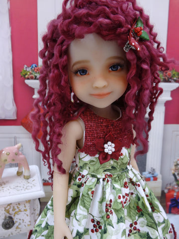 Holly Branch - dress for Ruby Red Fashion Friends doll