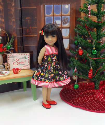 Miniature Santa - dress for Ruby Red Fashion Friends doll