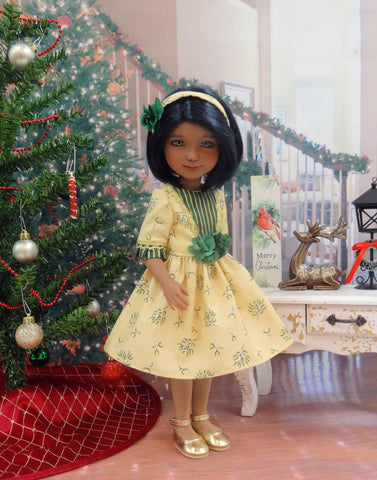 Under the Mistletoe - dress with shoes for Ruby Red Fashion Friends doll